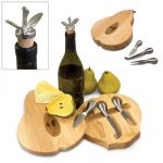 Pear Cheese Set by Picnic Time