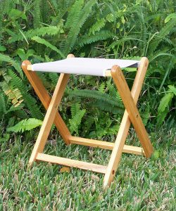 82_awc-wood-camp-stool